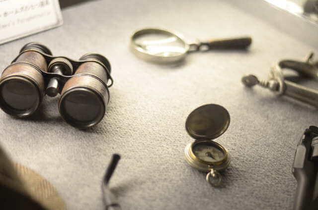 昔の探偵が使用していた道具